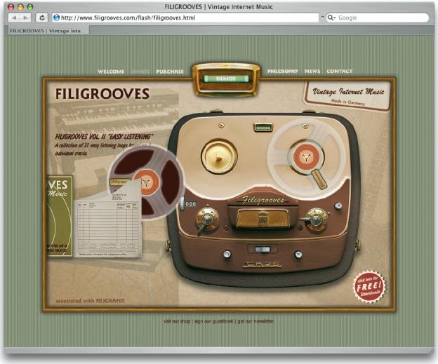 Auf dieser Internetseite können Musikstücke ausgewählt und abgespielt werden, indem Tonbänder virtuell aus ihren Verpackungen heraus auf ein Tonbandgerät gezogen werden (www.filigrooves.com).