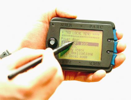 Das Handschriftenalphabet Unistroke ist optimiert auf die einfache Erkennung durch einen Computer mit geringer Prozessorleistung. Jeder Buchstabe kann in einem Strich erstellt werden (www.ubiq.com/parctab/parctab.html).