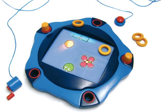 ›Flobi‹, ein multimodales Spielzeug (Diplomarbeit von Frank Hegel; Universität Wuppertal, Industrial Design; Betreuung: Prof. Gert Trauernicht, Prof. Martin Topel).