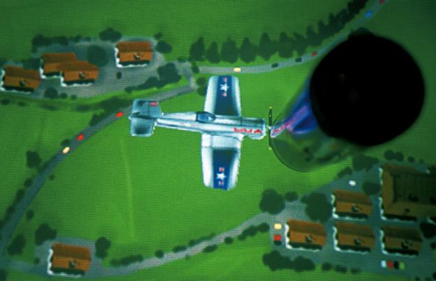 Die virtuellen Flugzeuge interagieren mit der realen Red Bull Dose. Red Bull Hangar-7, © by checkpointmedia AG.