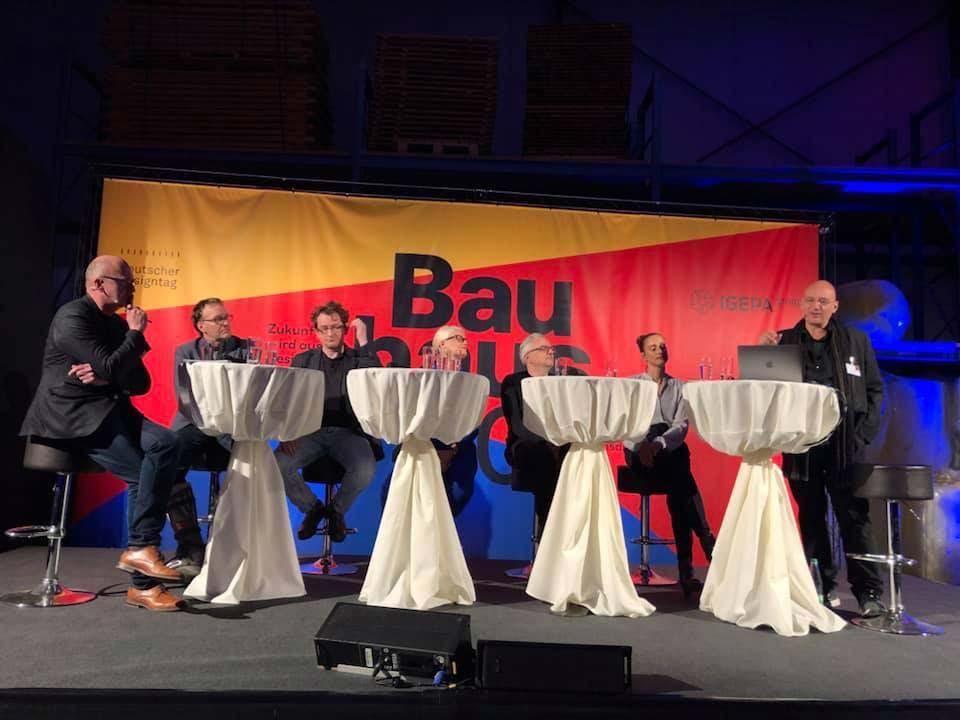 Bauhaus-4-0-Digitalisierung-Interactiondesign-Service-Design-Podiumsdiskussion-03